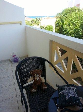 Golden Star Hotel : Tout le monde profite du balcon !!