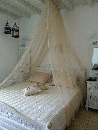 Levantes - Ios Boutique Hotel : Our room..like out of a fairy tale