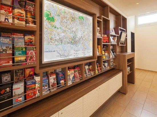 Apartment-Hotel Hamburg Mitte: Information Board