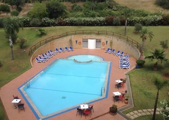 Ibis Meknes Hotel: gepflegter Hotelpool