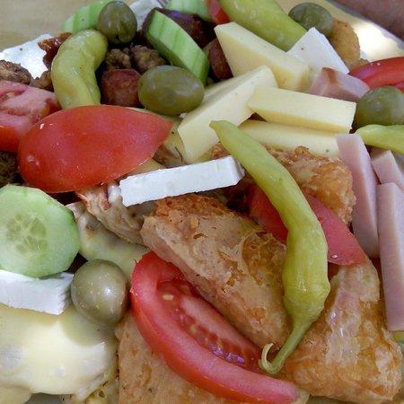 Nostalgia : Medium mixed plate,  wonderfull food