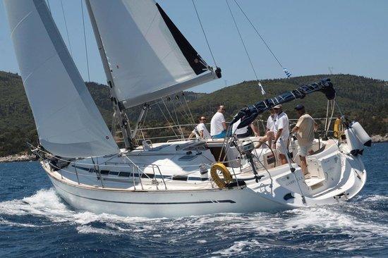 Nisos Yacht Charter