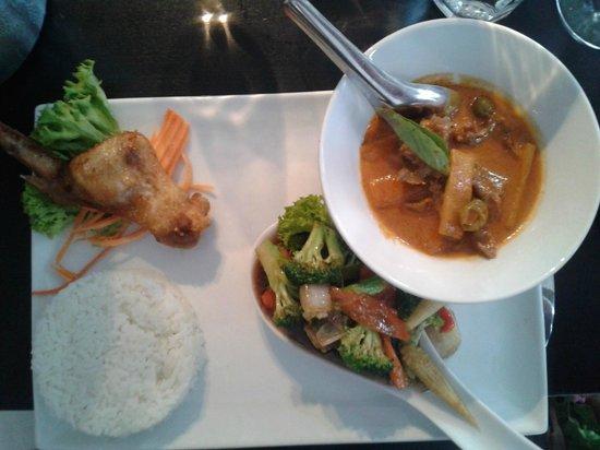 Denn Jai : 2. servering