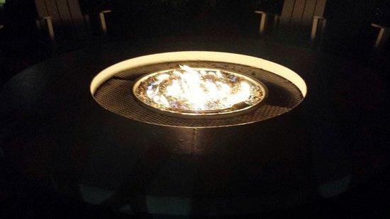 Bluegreen Fountains Resort: Beautiful bonfire