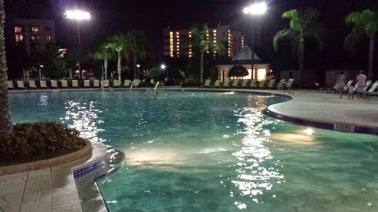 Bluegreen Fountains Resort: Pool by the clubhouse