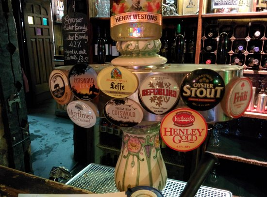 The Royal Standard of England : great selection of beers