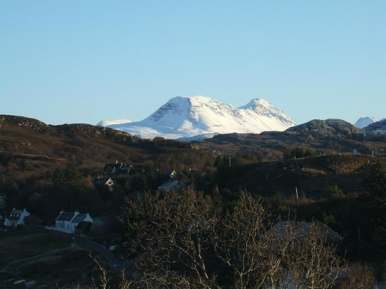 Aird Hill Bed & Breakfast : View to Torridons
