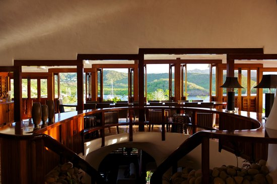 The Cave House at Mount Hartman Bay Estate: every table has a view