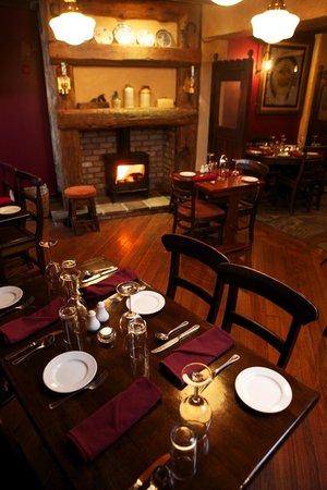 McMunns Restaurant : Fireplace Restaurant