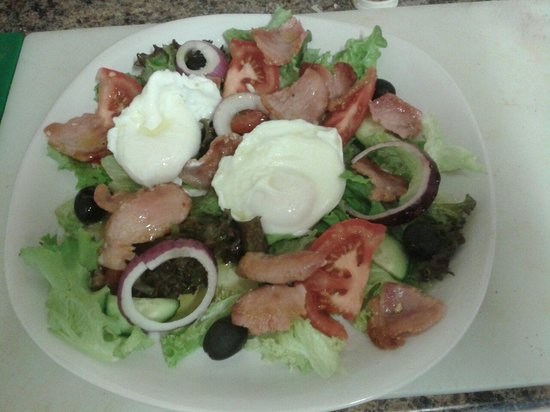 The Woolpack: Salad provecale