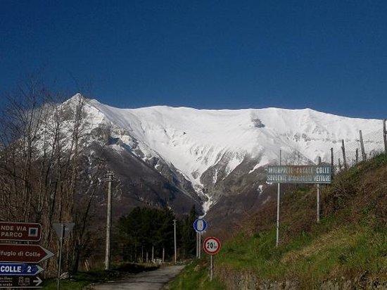 Casa Sullavalle B&B e appartamenti: L'imbuto del monte Vettore