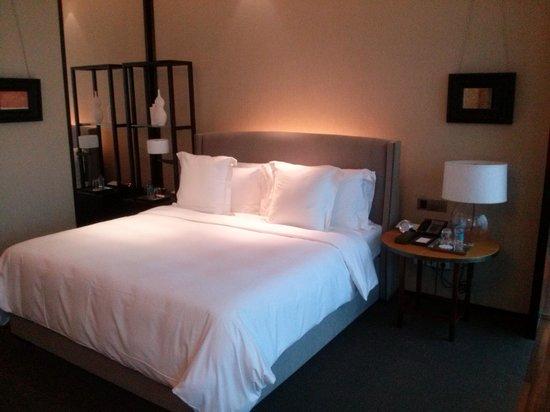 Mandarin Oriental, Guangzhou: bed