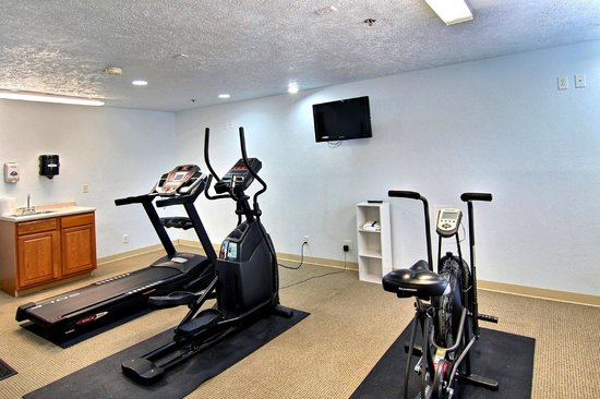 Boarders Inn and Suites Traverse City, MI: Fitness Room