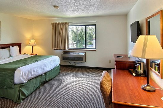 Days Inn & Suites Traverse City: Single King