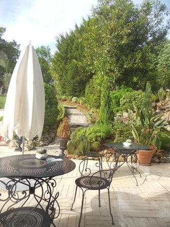 La Villa Eugene: garden