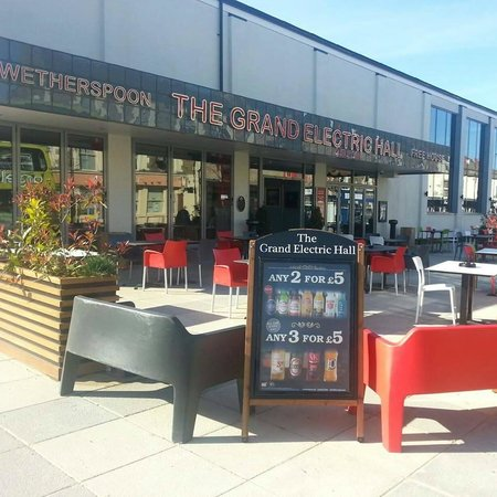 The Grand Electric Hall: Beer Garden