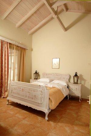 Chamaloni Guesthouse