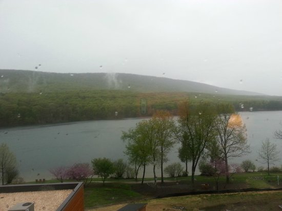 Rocky Gap Casino Resort: View from Lakeview Room