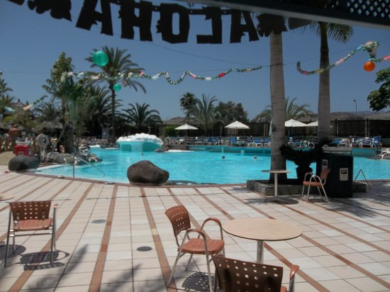 IFA Continental Hotel : Main Poolside View