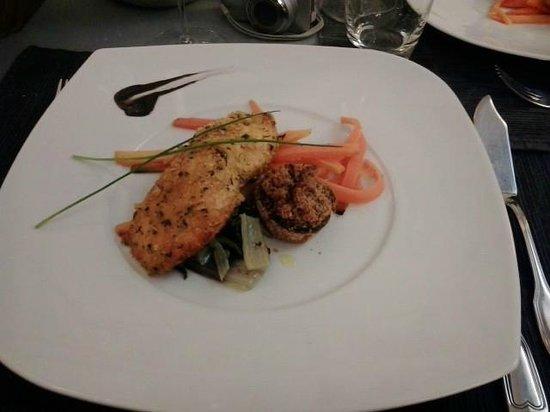 Sesto Canto: salmone in crosta