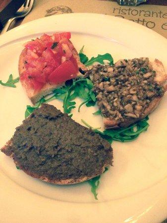 Osteria Il Gatto E la Volpe: Tomato, Liver, and Mushroom, delicious !