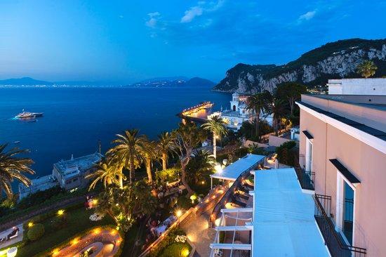 Villa Marina Capri Hotel & Spa: overview hotel on the sea
