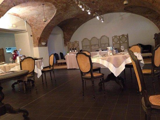 Hotel la Robeyere: La salle de restaurant et du petit déjeuner