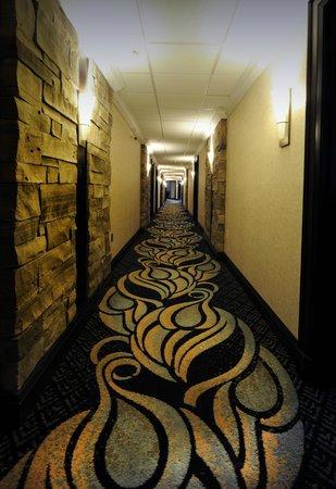 Stone Mill Inn: Guest Hallway