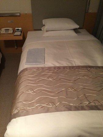 Hotel Nikko Niigata: ベッド