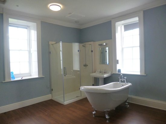 Grinton United Kingdom  city photos gallery : Private bathroom Picture of YHA Grinton Lodge, Reeth TripAdvisor