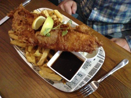Harry Ramsden's: Man V Fish