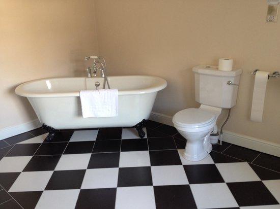 Great Northern Hotel: Beautiful bathroom