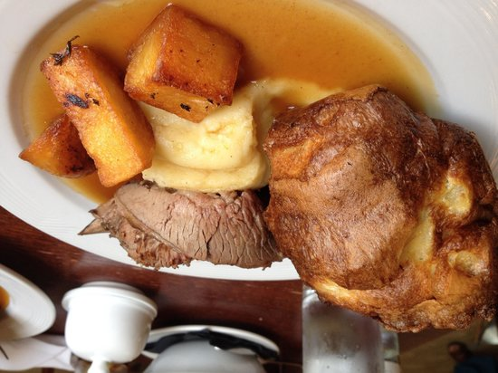 Great Northern Hotel: Delicious roast beef Sunday lunch