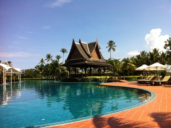 Sofitel Krabi Phokeethra Golf & Spa Resort: Sofitel pool