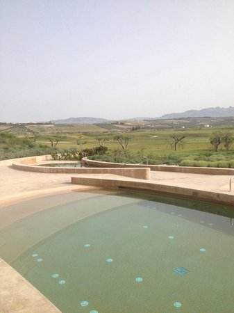 Verdura Resort : Outdoor salt pools with water jets