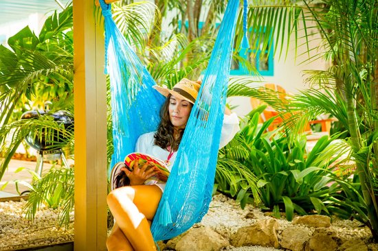 Boardwalk Hotel Aruba : Hammock on every patio