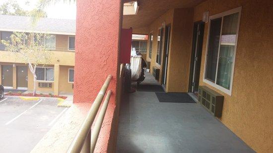 Ramada Limited San Diego/Near SeaWorld : Hallway