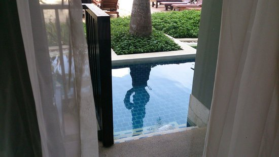 Ananta Burin Resort: Our pool access..