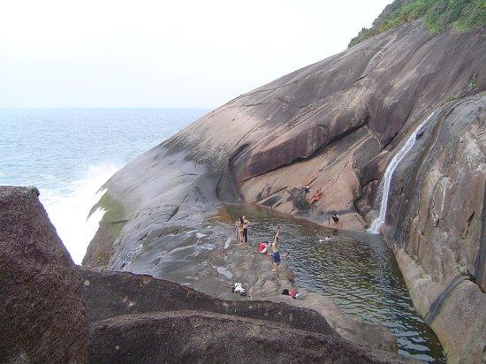 Parati, RJ: Uma das cachoeiras mais linda do Brasil e para amantes de treking