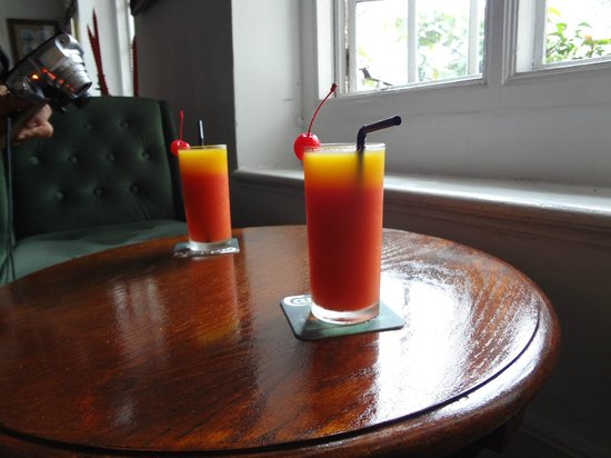 Ye Olde Smokehouse Fraser's Hill : Our welcome drink