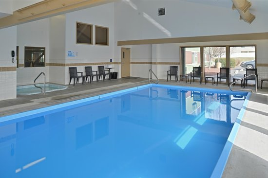 SilverStone Inn and Suites : Pool