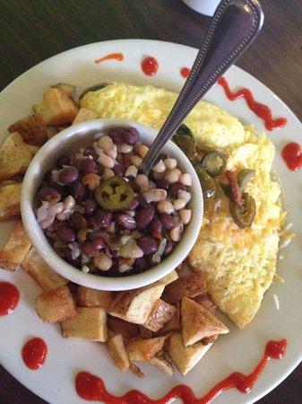 Black Bean Cafe : Black  Bean Cafe, Daytona Bch Shores, Fl, breckfast omlet, hand cut hash browns, mouth watering!
