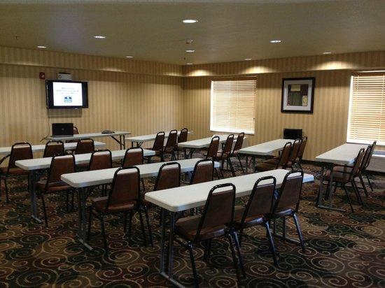Cobblestone Hotel & Suites Killdeer, ND: Meeting Room