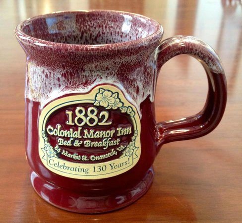 1882 Colonial Manor Inn : )ver 130 years of guest service.
