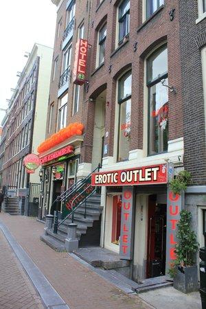 Hotel 83 Amsterdam: hotel exterior