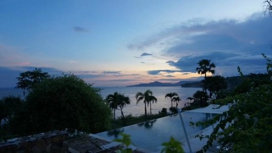 Shunyata Villas Bali: Amazing sunset!