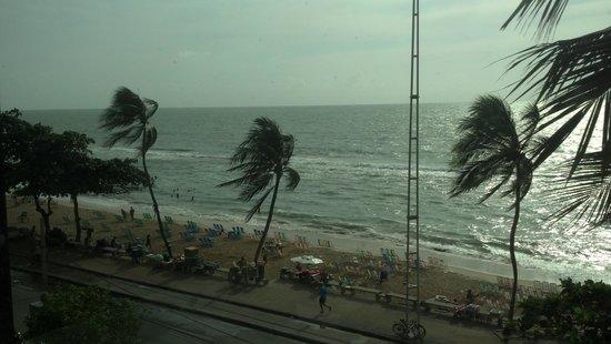 Golden Tulip Recife Boa Viagem : Vista do restaurante