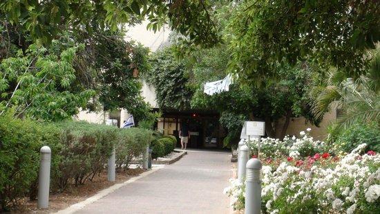Ramat Rachel Resort: L'entrée