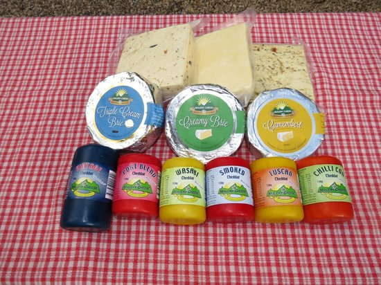 Maleny Cheese: cheese shop selection to take home