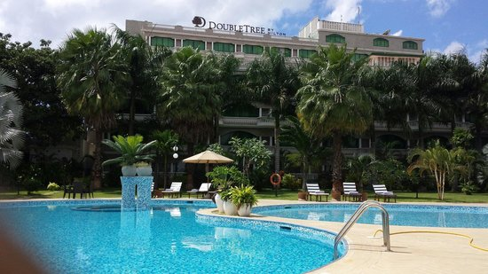DoubleTree by Hilton Dar es Salaam-Oysterbay: View from the pool